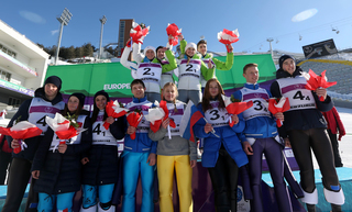 Mixed podium