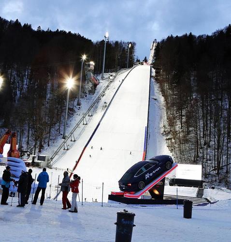 Sturm in Oberstdorf! Qualifikation zur Skiflug-WM auf Freitag verschoben