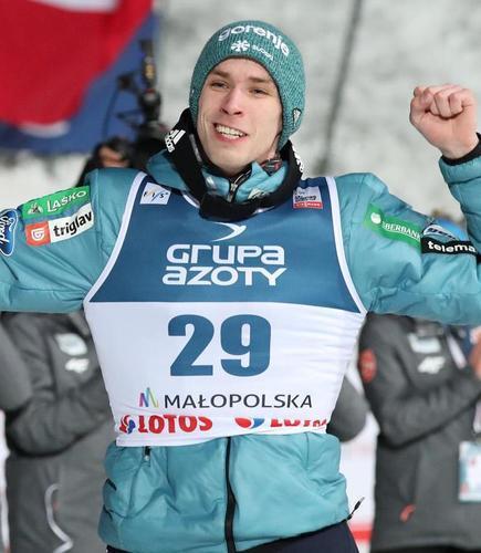 Anze Semenic siegt überraschend in Zakopane, Andreas Wellinger Zweiter