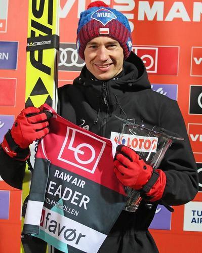 Kamil Stoch wygrywa kwalifikacje w Oslo