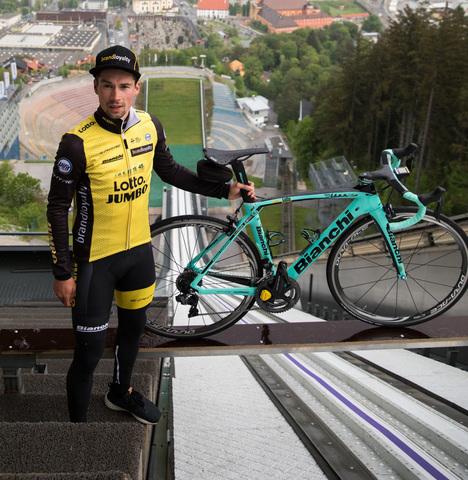 Профессиональный велосипедист Примож Роглич снова на трамплине
