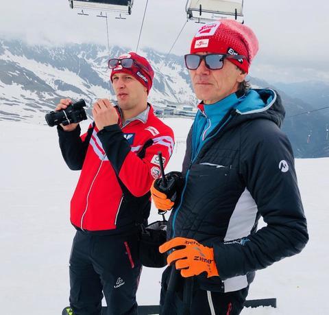 Австрийцы тренируются на леднике