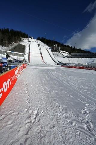 Trondheim fällt flach - Lillehammer springt ein