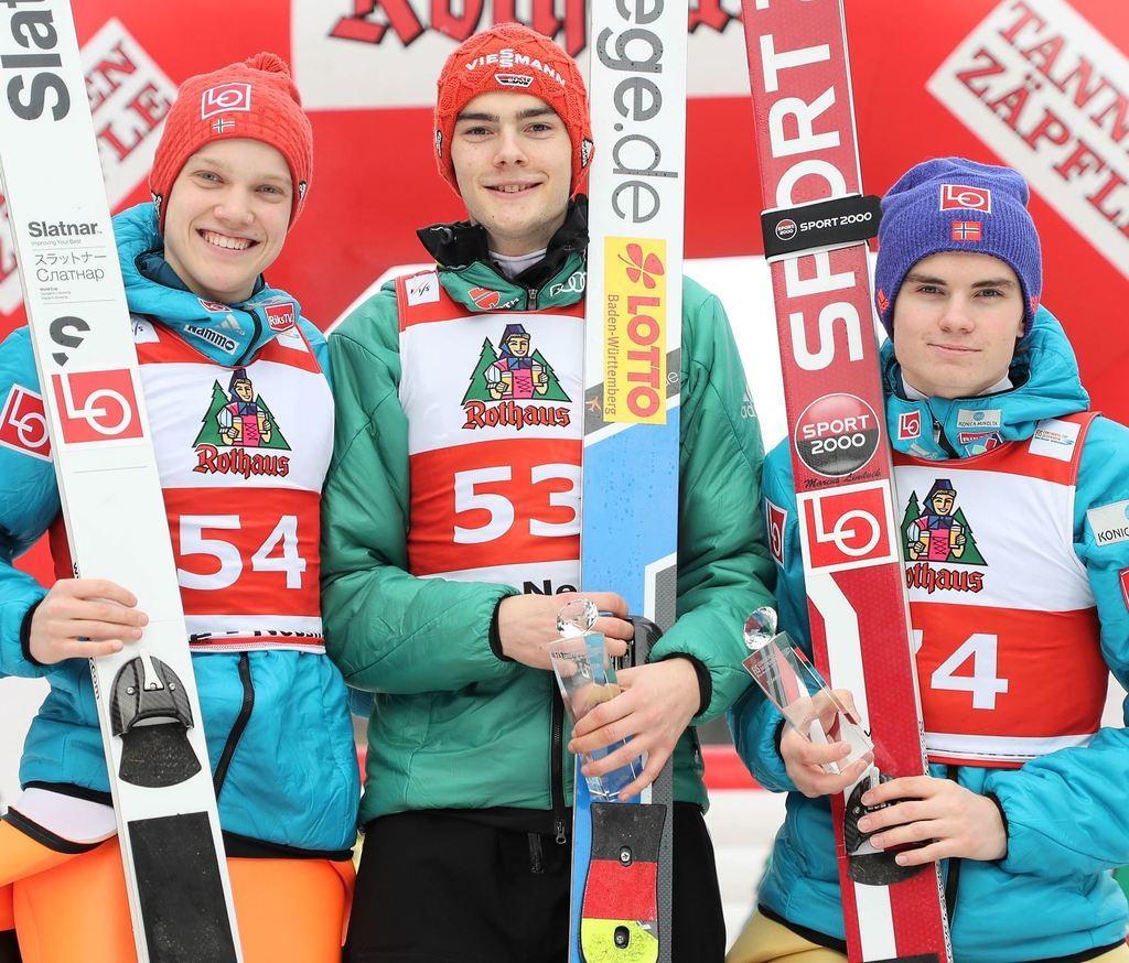 Skispringen Berkutschicom Coc M Heimsieg Für David Siegel