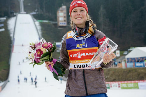Skisprung-Weltcup der Damen beginnt in Lillehammer (NOR)