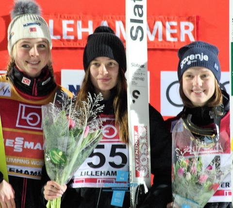 W杯女子リレハンメル第2戦 露の若手ヤコブレワが驚きの勝利
