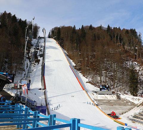 Zusätzliche Weltcupspringen in Oberstdorf und Willingen