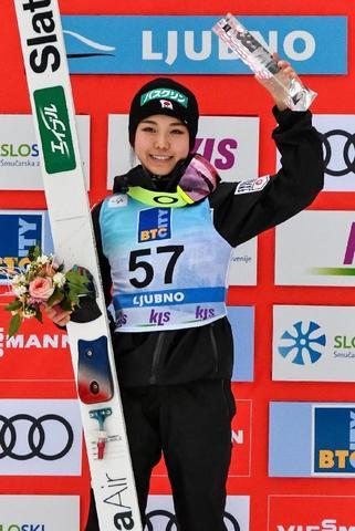 Sara Takanashi beendet Lundby's Siegesserie