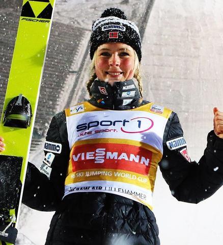 Maren Lundby mit Aufholjagd zum Sieg in Lillehammer