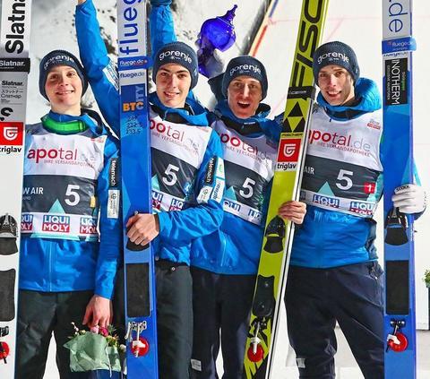 Slowenische Skiflugspezialisten schlagen in Vikersund zu