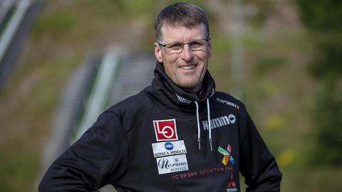 Spennende hoppkalender i norske anlegg