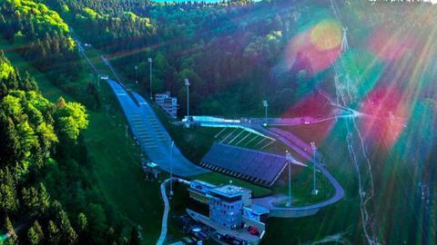 Ještěd chystá mistrovství republiky ve skocích na lyžích. Skákat se bude už v sobotu