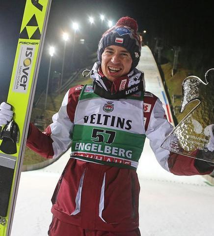 Kamil Stoch wygrywa w Engelbergu