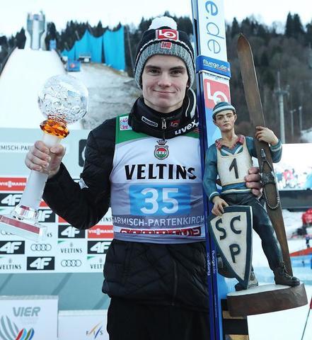 Garmisch-P.: Marius Lindvik startet mit erstem Weltcupsieg ins neue Jahr