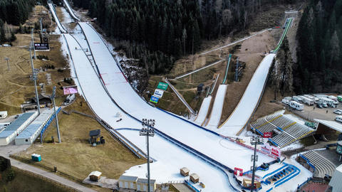 Skisprung-Weltcup: Schanzenwechsel in Predazzo