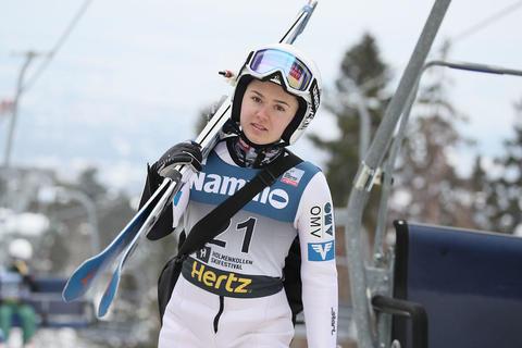 Damen Skisprung-Weltcup Rasnov