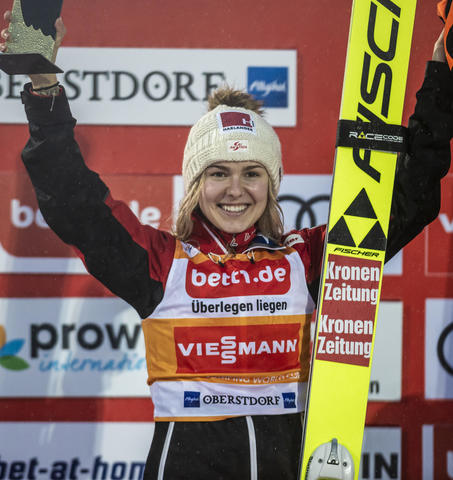 Chiara Hoelzl ponownie najlepsza w Oberstdorfie