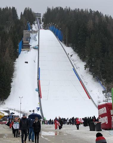 Wind verhindert ersten Skiflug-Tag
