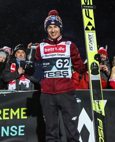 Kamil Stoch wygrywa w Lillehammer