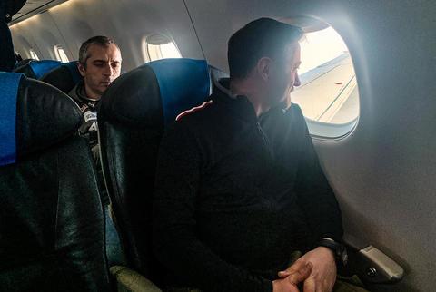 Polscy skoczkowie powrócili do kraju rządowym samolotem