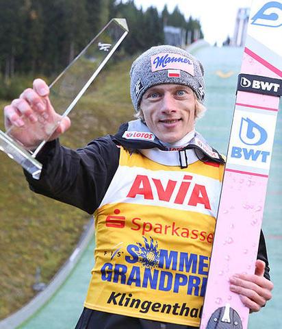 Dawid Kubacki wygrywa w Szczyrku