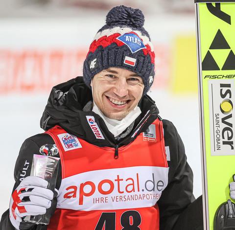 Kamil Stoch gewinnt auch in Titisee-Neustadt