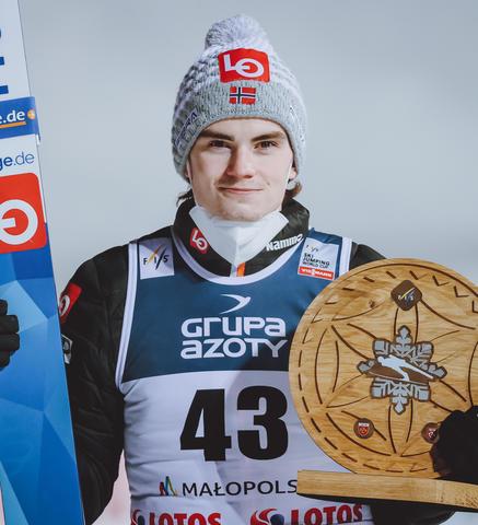 Marius Lindvik gewinnt Skisprung-Krimi in Zakopane