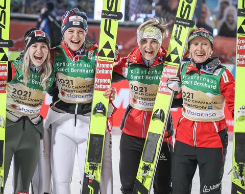 Austriaczki wygrywają konkurs drużynowy w Oberstdorfie