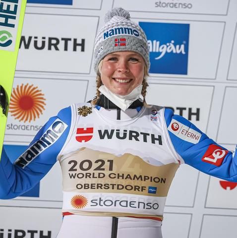 Maren Lundby mistrzynią świata na dużej skoczni