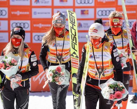 Österreichs Skispringerinnen gewinnen nach einem Durchgang in Chaikovsky