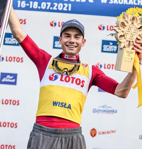 Jakub Wolny gewinnt Grand Prix Auftakt in Wisla