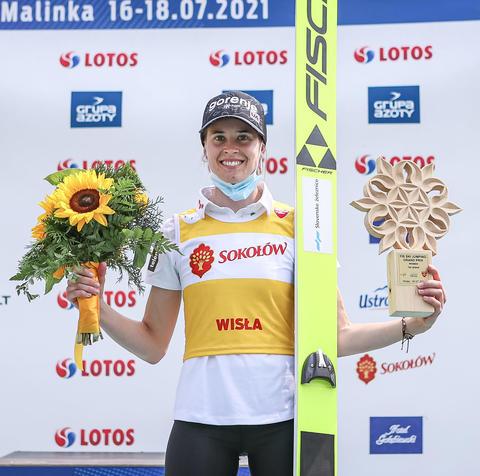 女子ヴィスワ第2戦 ボガタイ連勝、高梨が再び2位