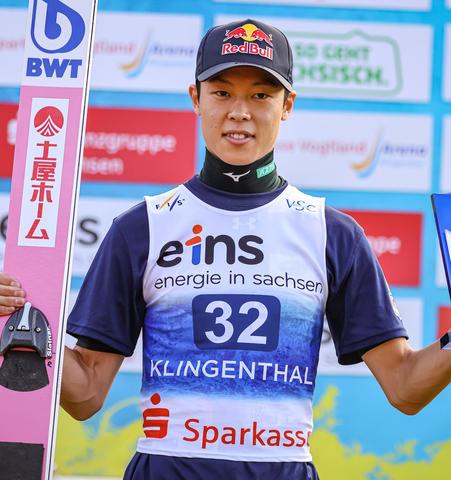 Рёю Кобаяши доминирует в финале Гран-при в Клингентале